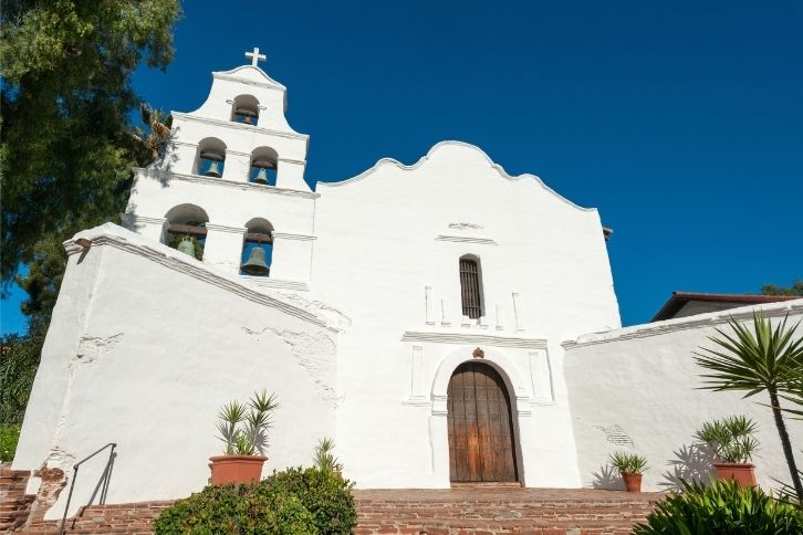 Front of Mission Basilica of San Diego de Alcalá